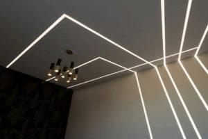 Световые линии в натяжном потолке