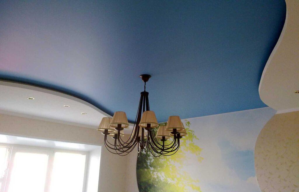 Синий сатиновый цветные сатиновые потолки в Зеленодольске